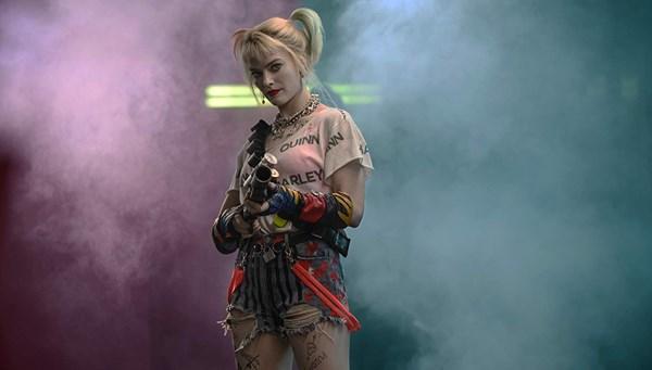 Harley Quinn gişedeki liderliğini...