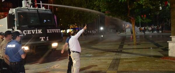 Denizli'de taraftar grupları karşı karşıya geldi, polis TOMA ile müdahale etti