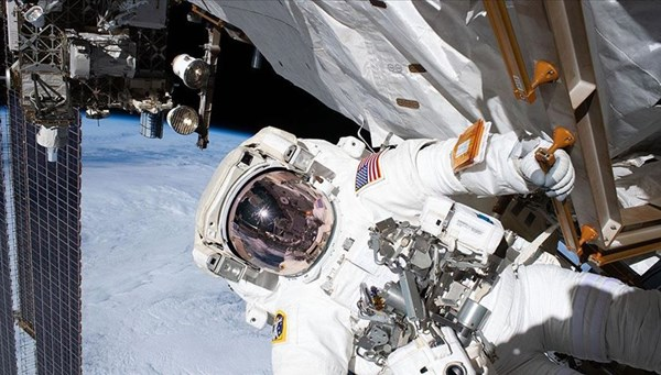 3 haftada 3'üncü uzay yürüyüşü