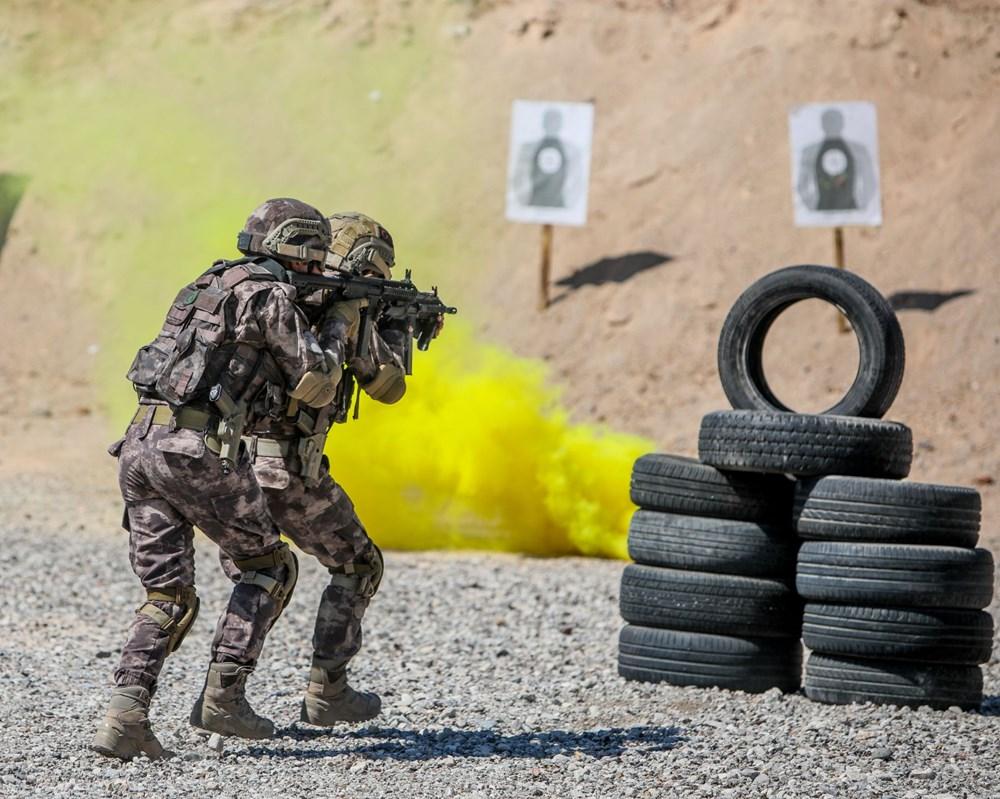 Özel Harekat'tan 35 derece sıcakta zorlu eğitim: Yerli silah 'Çılgın kız' dikkat çekti - 3