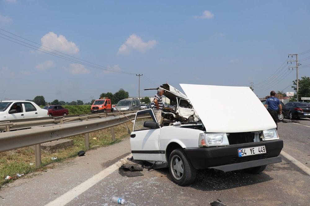 E-5'teki kazada otomobil ikiye bölündü - 4