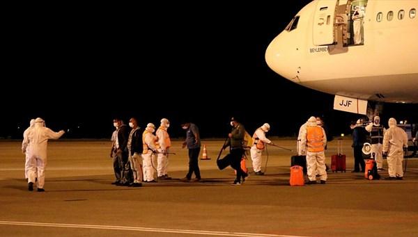 Kenya ve Tanzanya'dan 272 Türk vatandaşı Samsun'a getirildi