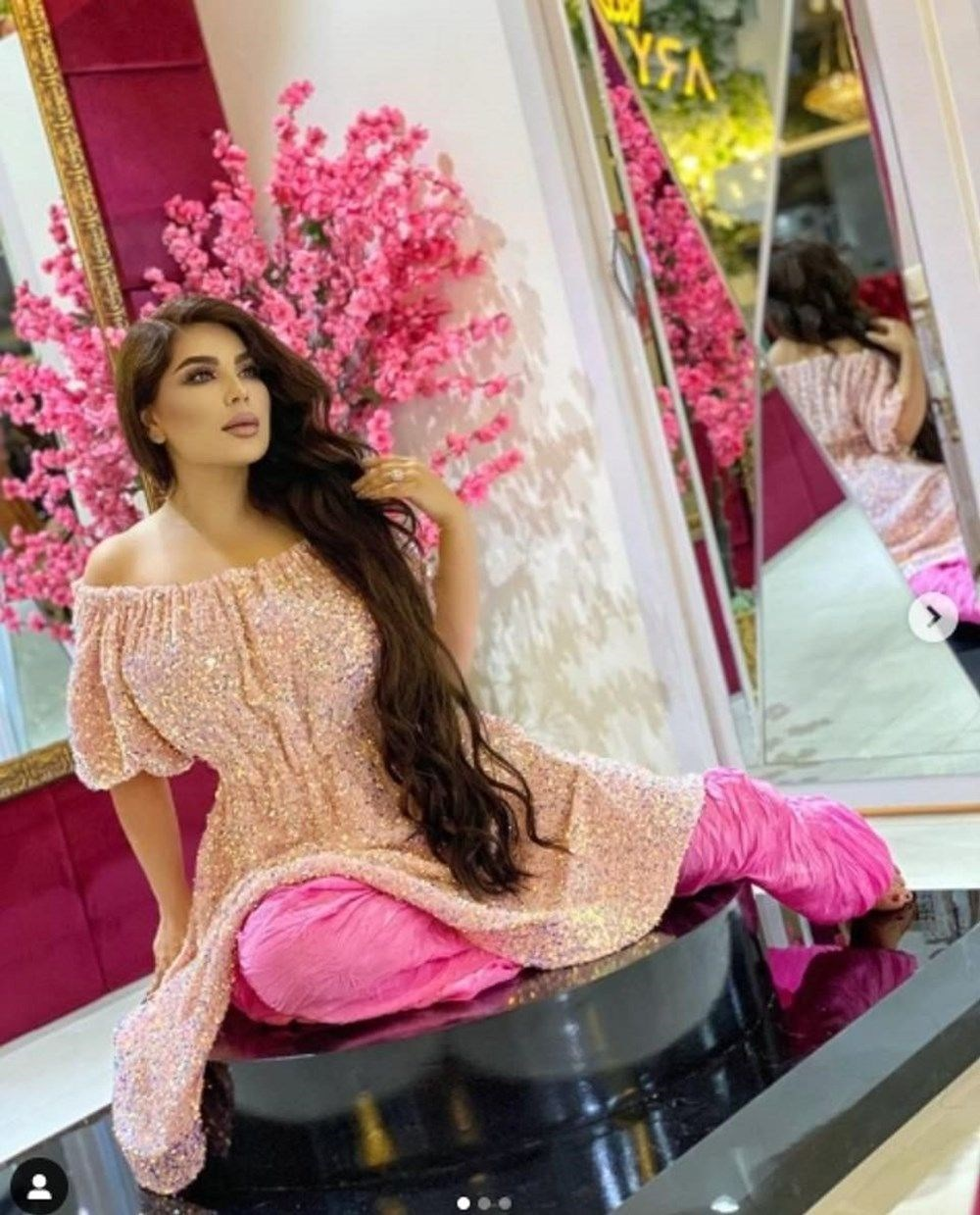 Afgan popstar Aryana Sayeed İstanbul'a kaçışını anlattı: Beni kafamdan vur, Taliban'a verme! - 7