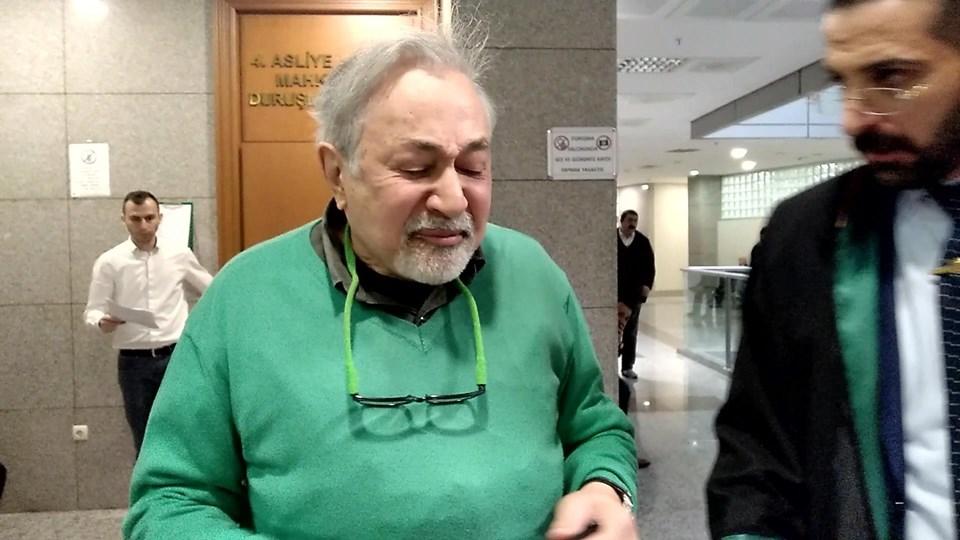 Prof. Dr. Orhan Kural duruşma sonrasıgözyaşlarını tutamadı