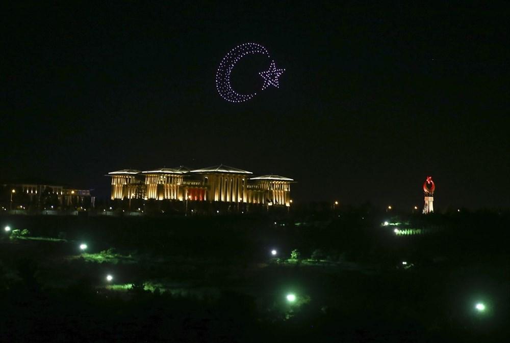 Beştepe'de Zafer Bayramı'na özel 300 İHA ile ışık gösterisi - 10