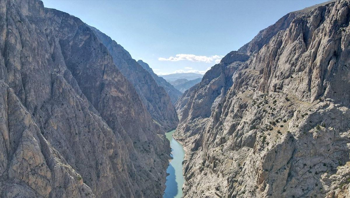 Karanlık Kanyon'da inşa edilecek 'Sırat on Fırat' köprüsünden geçmek yürek işi