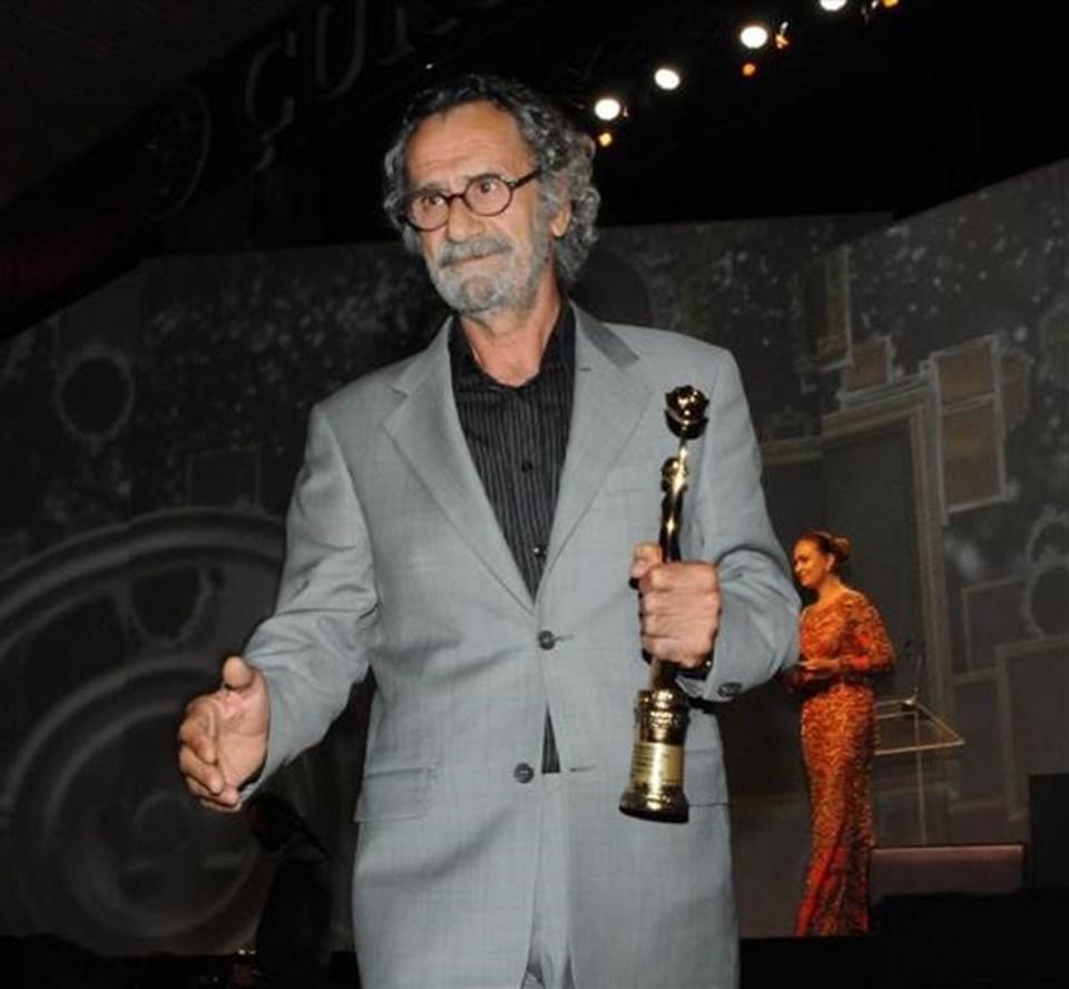 """""""Babamın Kanatları"""" müzik, kurgu, yardımcı kadın, yardımcı erkek, en iyi erkek, Siyad en iyi film ve Yılmaz Güney ödüllerini kazandı."""