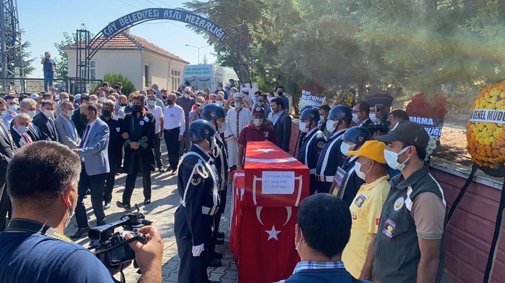 Manavgat'taki yangında ölen orman işçisi babasını cübbesiyle uğurladı - 14