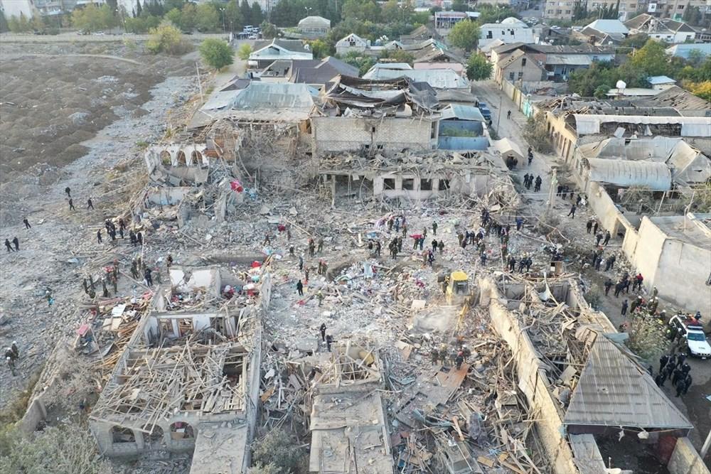 Ermenistan'ın Gence'ye füze saldırısının şiddeti gün ağarınca ortaya çıktı - 5