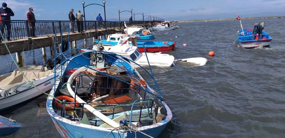 Balıkesir Ayvalık'ta fırtına: 30 tekne battı - 12