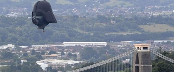 Bristol Sıcak Hava Balonu Festivali'ne Darth Vader damgası