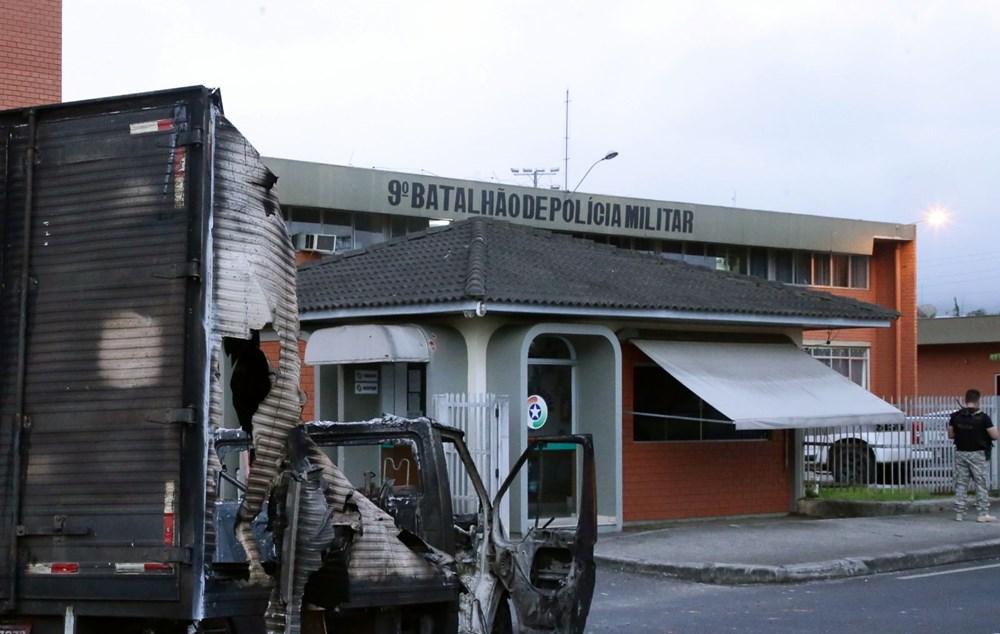 Brezilya'da savaş gibi banka soygunu: 30 kişi geldiler - 7