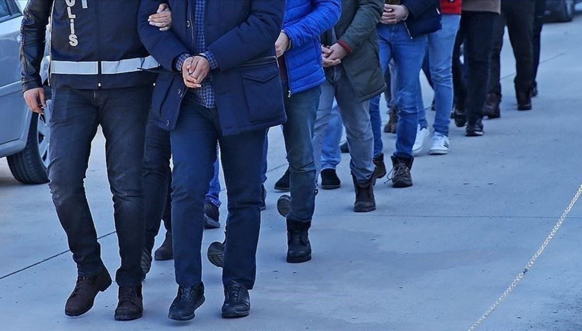 FETÖ'nün TSK yapılanmasına yönelik soruşturmada 400 kişi gözaltına alındı