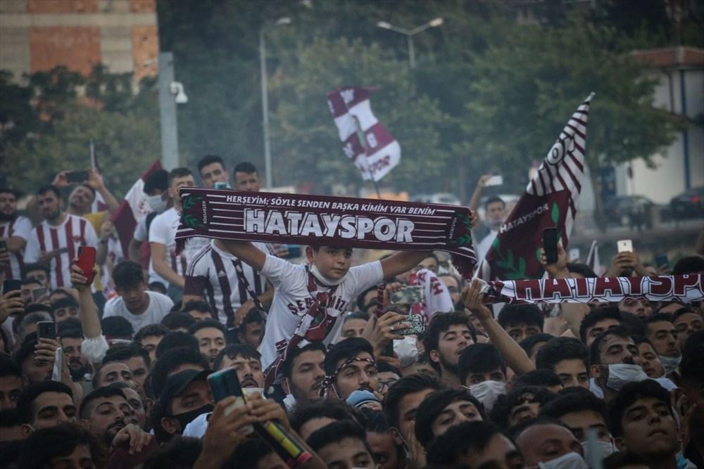 Hatayspor'un şampiyonluğu kentte büyük bir coşkuyla kutlanıyor - 8