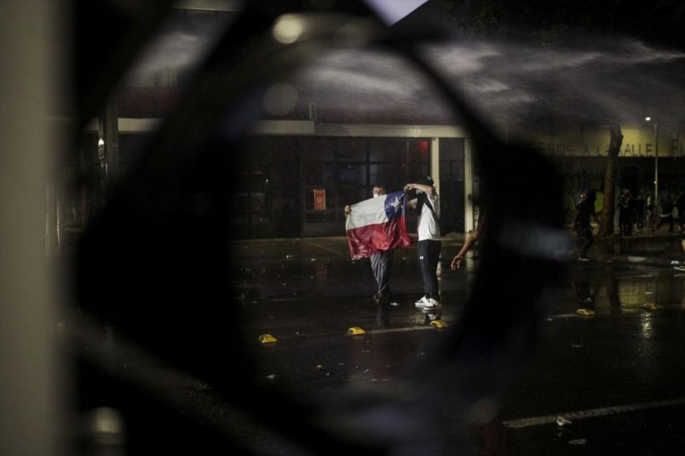 Şili'deki protestoların yıldönümü yaklaşırken sokaklarda tansiyon artıyor - 11