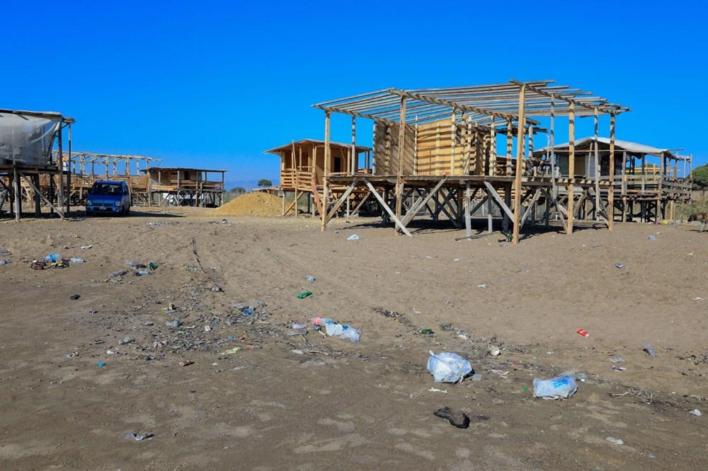 Lüks tatilin bedavaya sunulduğu 'Çardak Beach' çöplük oldu - 5