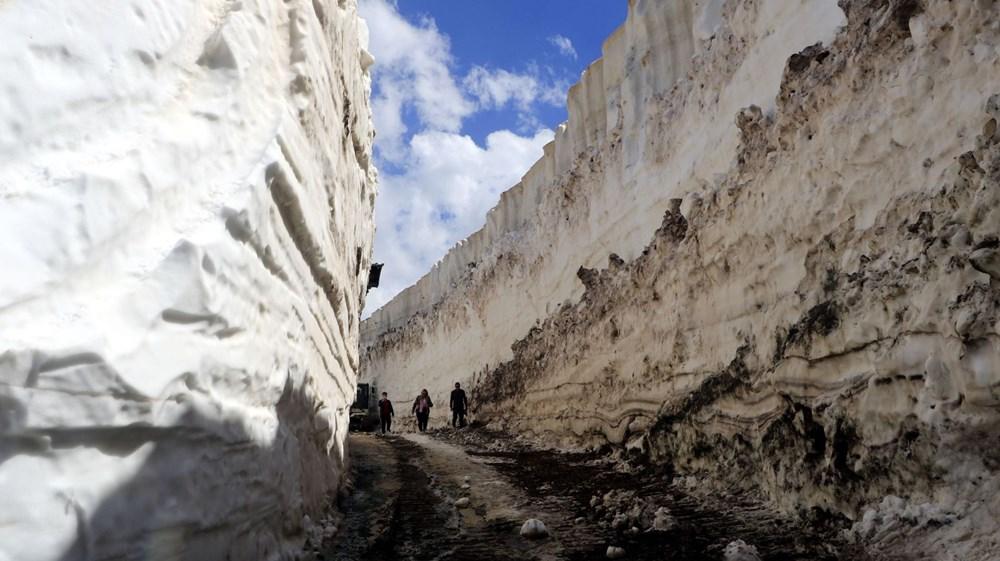 Yüksekova'da, mayıs sonu 8 metrelik karla mücadele - 3