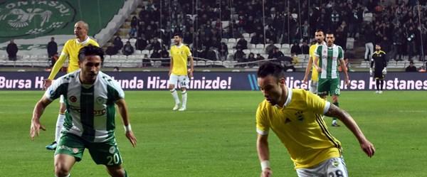 Fenerbahçe'nin 5 maçlık galibiyet serisi Konya'da noktalandı