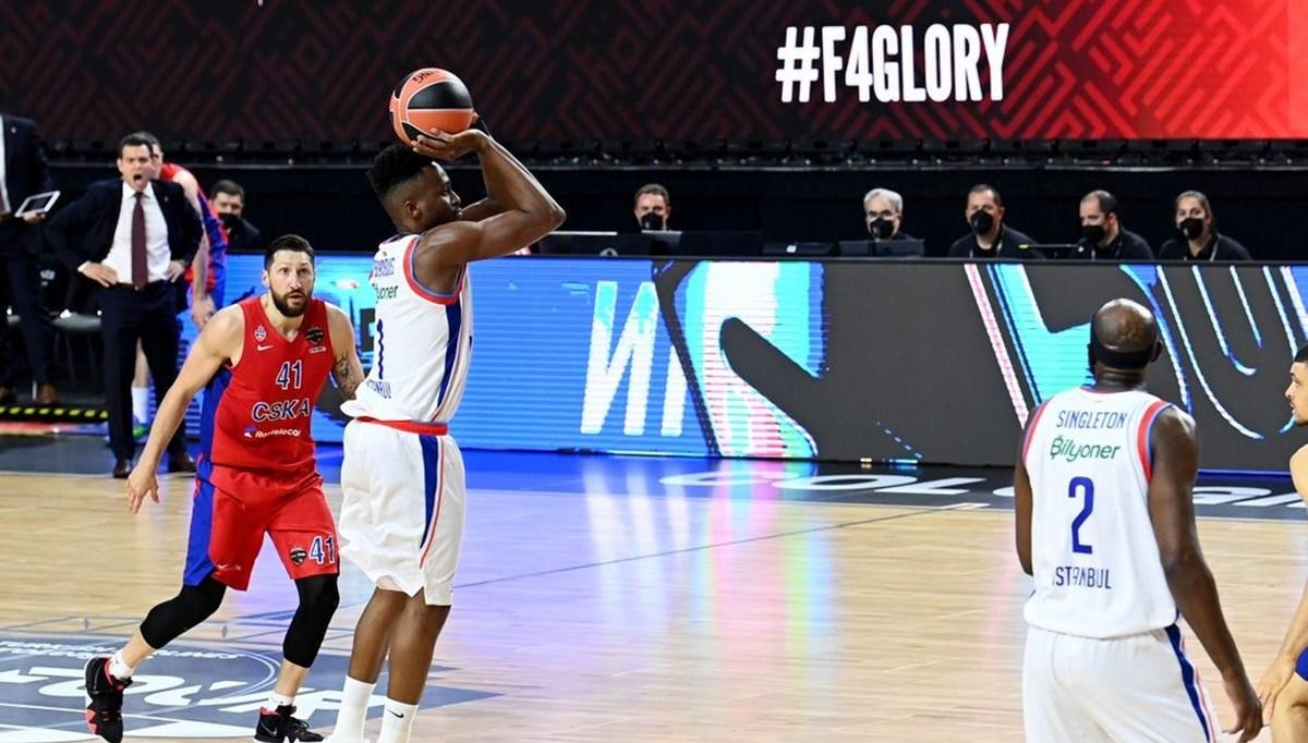 Anadolu Efes EuroLeague Fİnal Four'da finale yükseldi