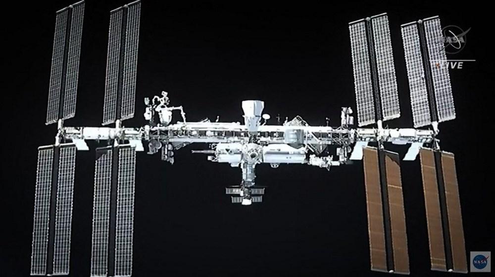 Uzay on yılın en kalabalık günlerini yaşıyor: SpaceX ile birlikte 11 astronot oldu - 1