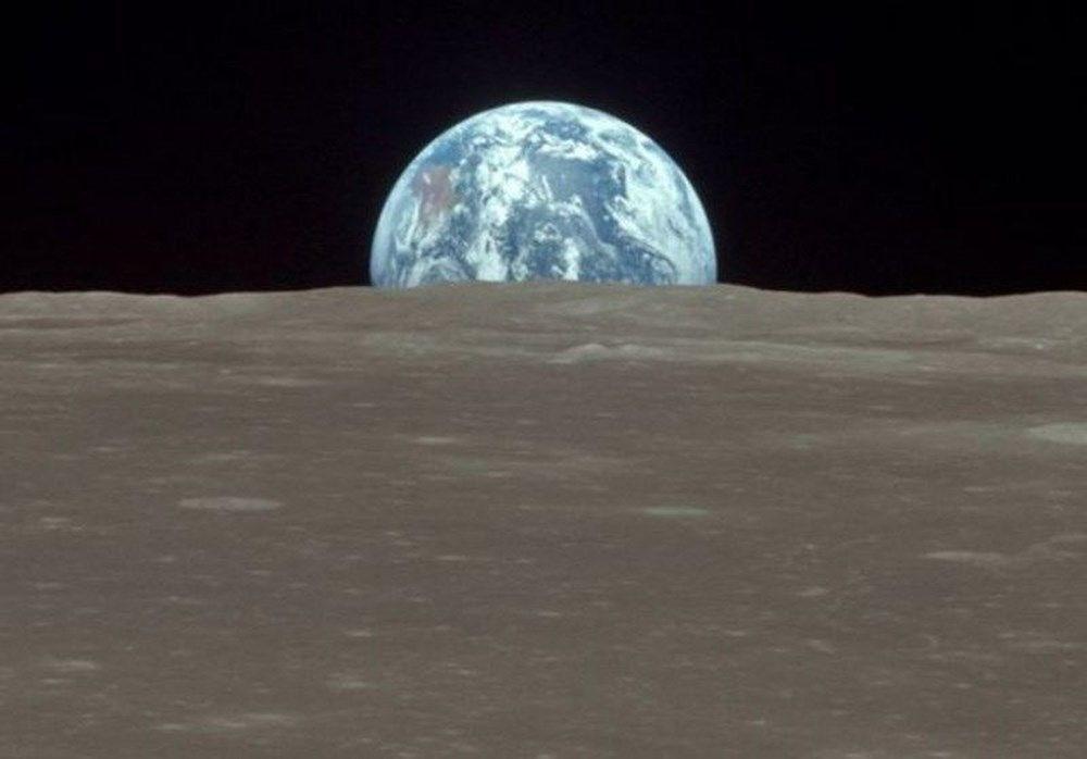 Ödüllü bilim muhabirinden ilginç iddia: Dinozorlar Ay'a NASA'dan önce ulaşmış olabilir - 5