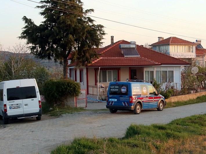 Yeşilova Belediye Başkanı Mümtaz Şenel ve eşine silahlı saldırı