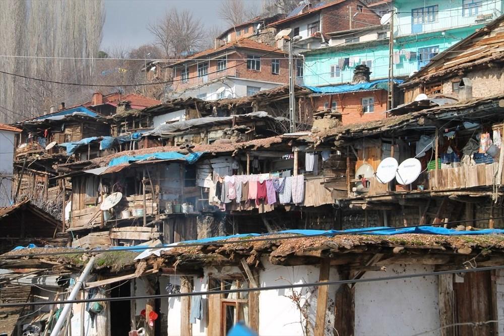 İç içe 35 ev! Burası Nepal değil Manisa - 15