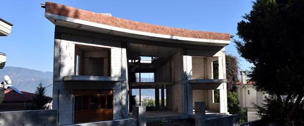 Kenan Evren'in eski villasının yerine yapılan bina 22 milyon TL'ye satışta