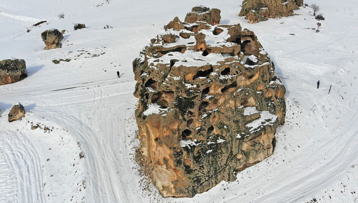 One of the first apartments in history: the 3,000-year-old Avdalaz Castle