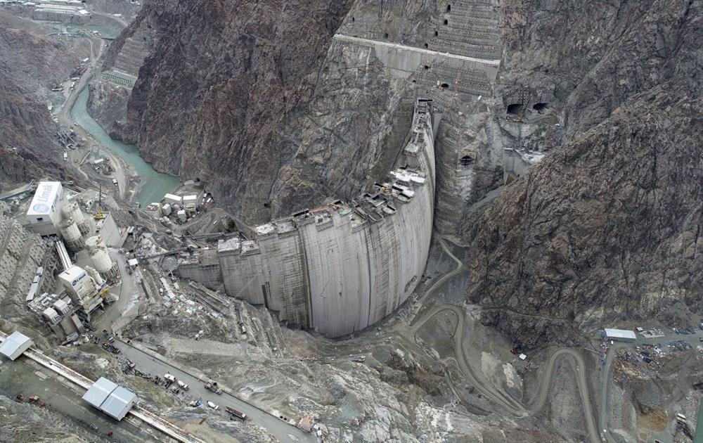 Yusufeli Barajı'nda dökülen 4 milyon metreküp betonla rekor kırıldı - 2