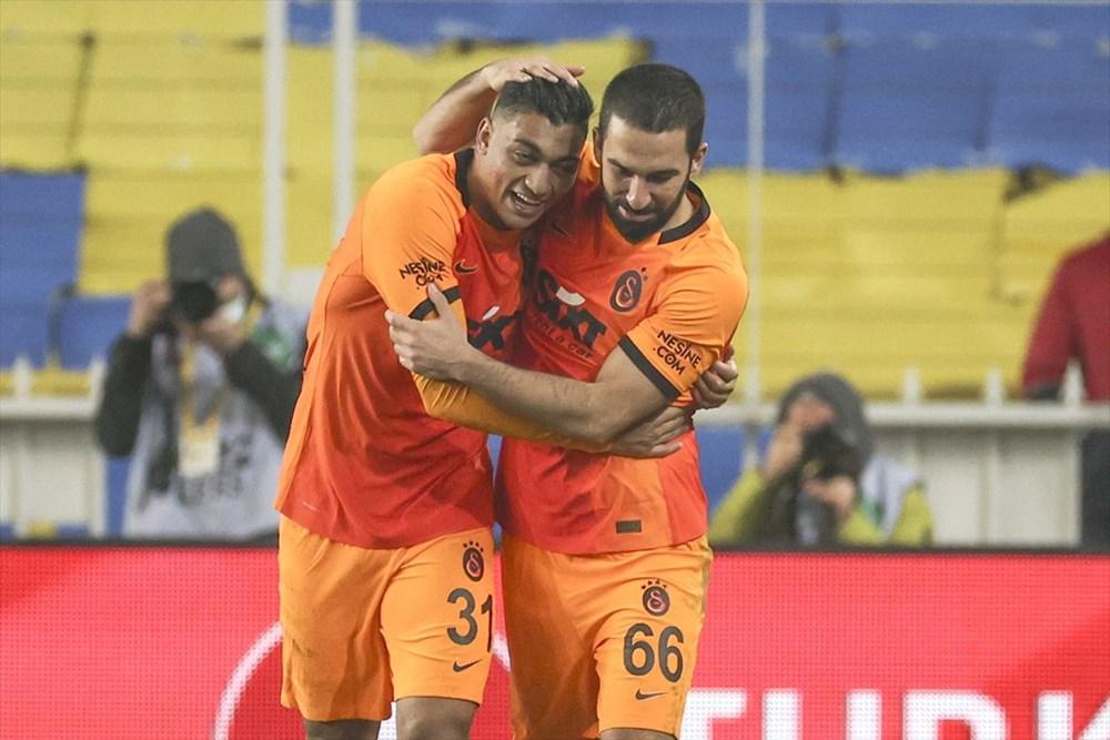 Derbide kazanan Galatasaray - 2