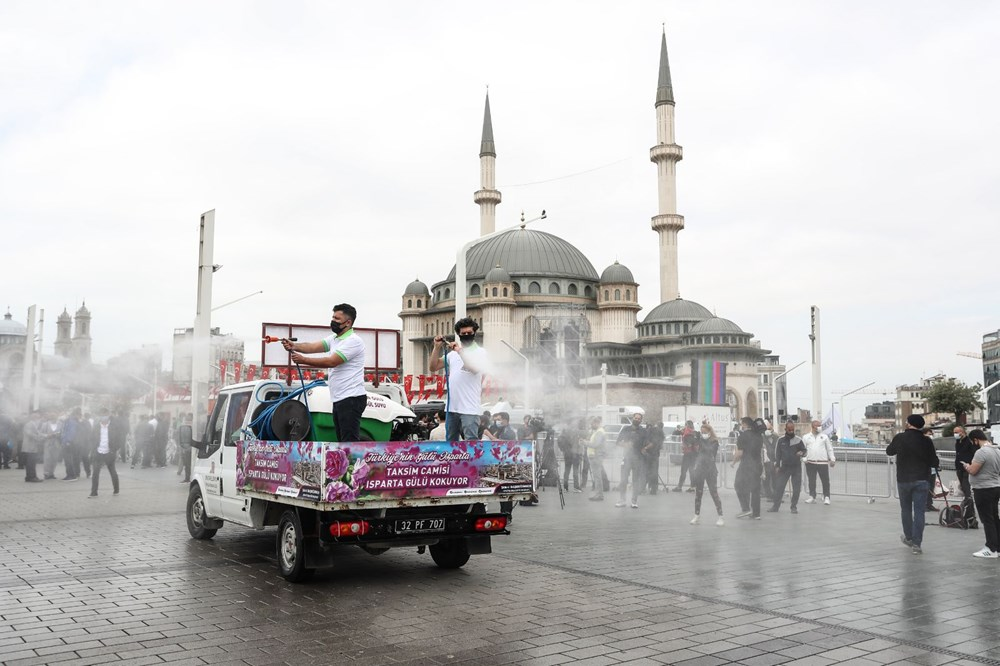 Taksim Camii için açılış hazırlıkları: Isparta'dan 25 ton gül suyu - 4