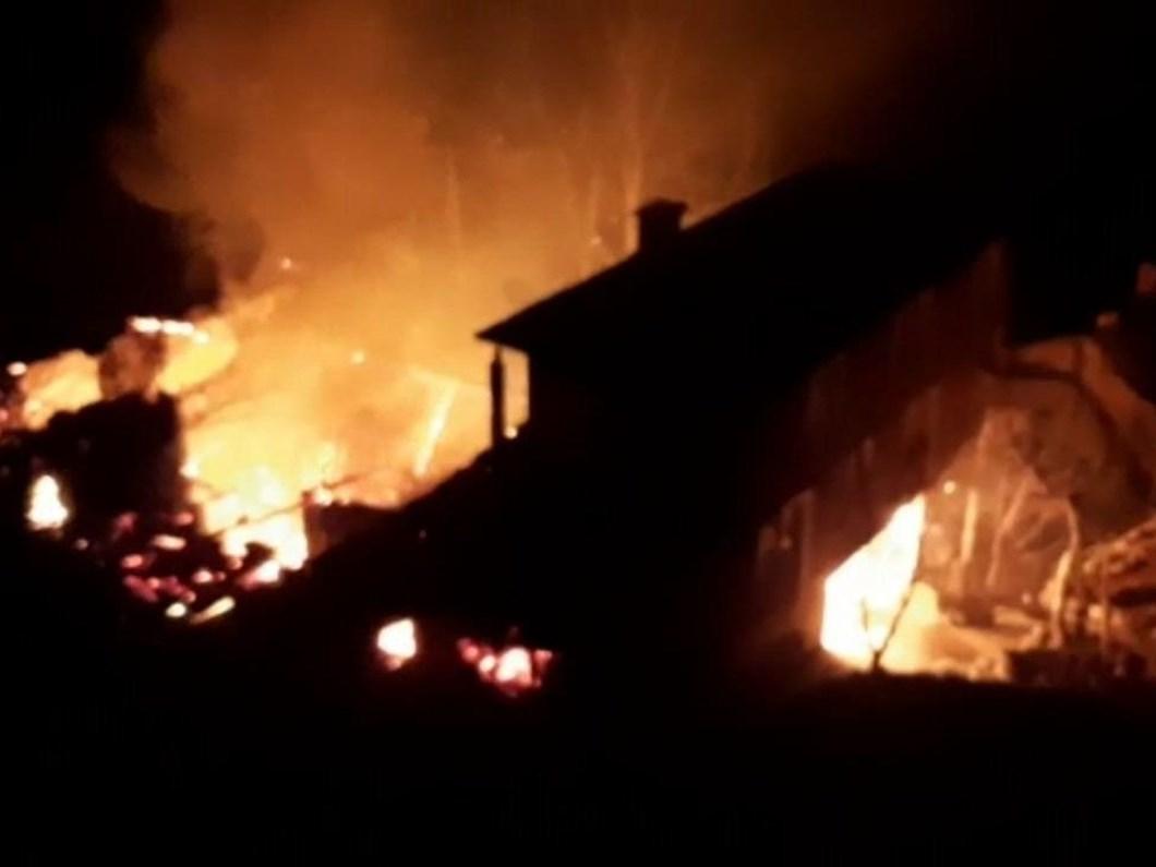 Trabzon'da alevler evlere sıçradı