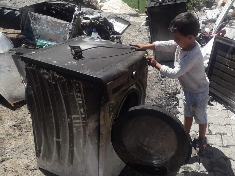 Patlayan buzdolabı yangın çıkardı: Çocuklarını kurtarmak için pencereden attı - 3