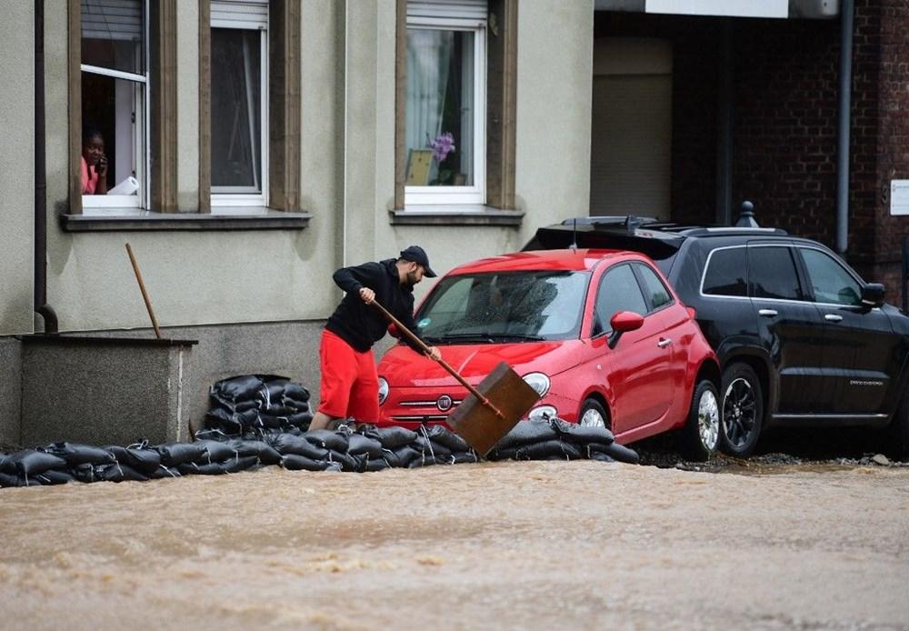 Almanya'da sel: 33 kişi hayatını kaybetti - 25