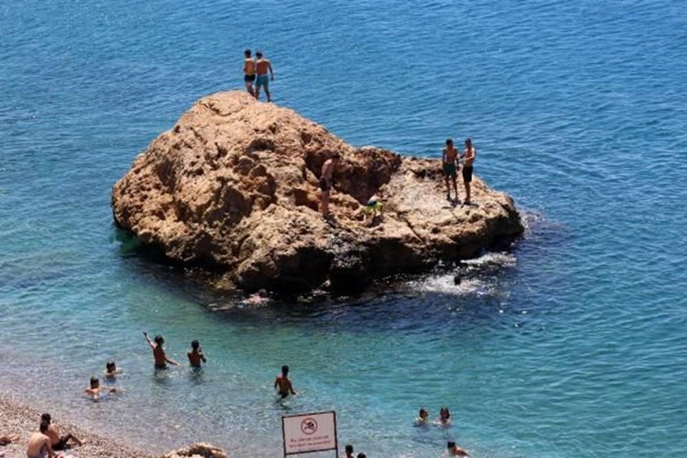 Antalya sahillere akın etti - 4