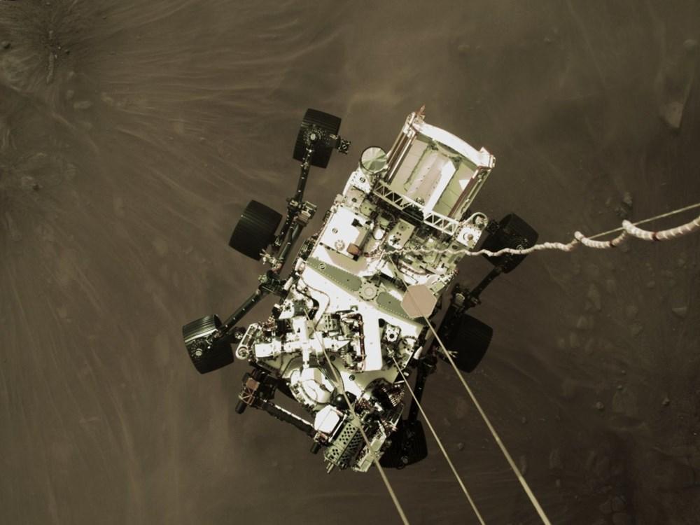 NASA, Mars'tan yeni fotoğraflar paylaştı - 1