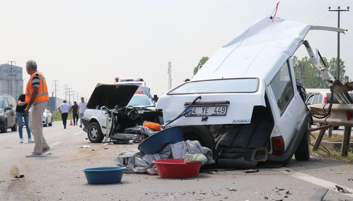 E-5'teki kazada otomobil ikiye bölündü