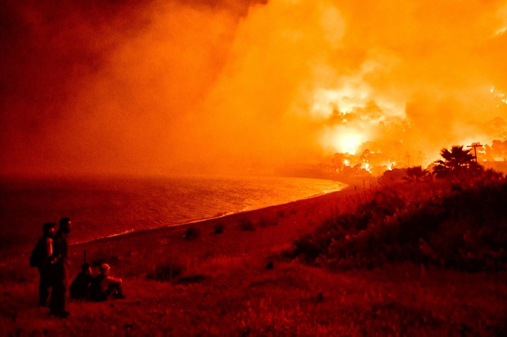 Forest fires in Greece: extinguishing work continues - 5