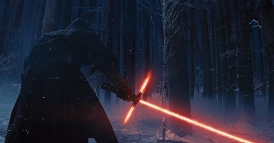 En İyi Görsel Efekt: Yıldız Savaşları: Güç Uyanıyor (Star Wars: The Force Awakens)