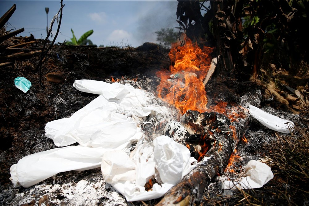 Covid-19 salgınının merkezi Endonezya'ya kaydı: Yeni vakaların sayısı Brezilya ve Hindistan'ı geçti - 8