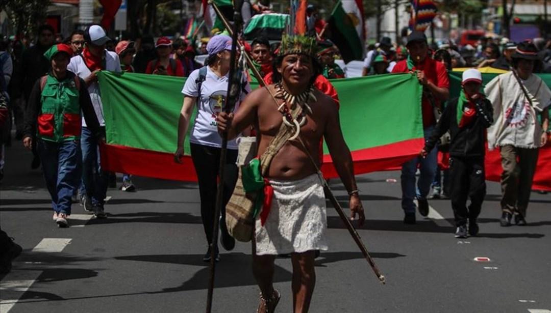 """Kolombiyalı yerlilerden """"başkente yürürüz"""" tehdidi"""