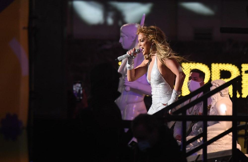 Yeni yıl kutlamasına Jennifer Lopez damgası - 5