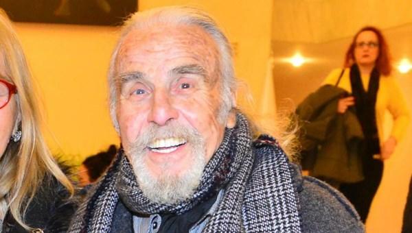 Tiyatro sanatçısı Özdemir Nutku hayatını kaybetti (Özdemir Nutku kimdir?)