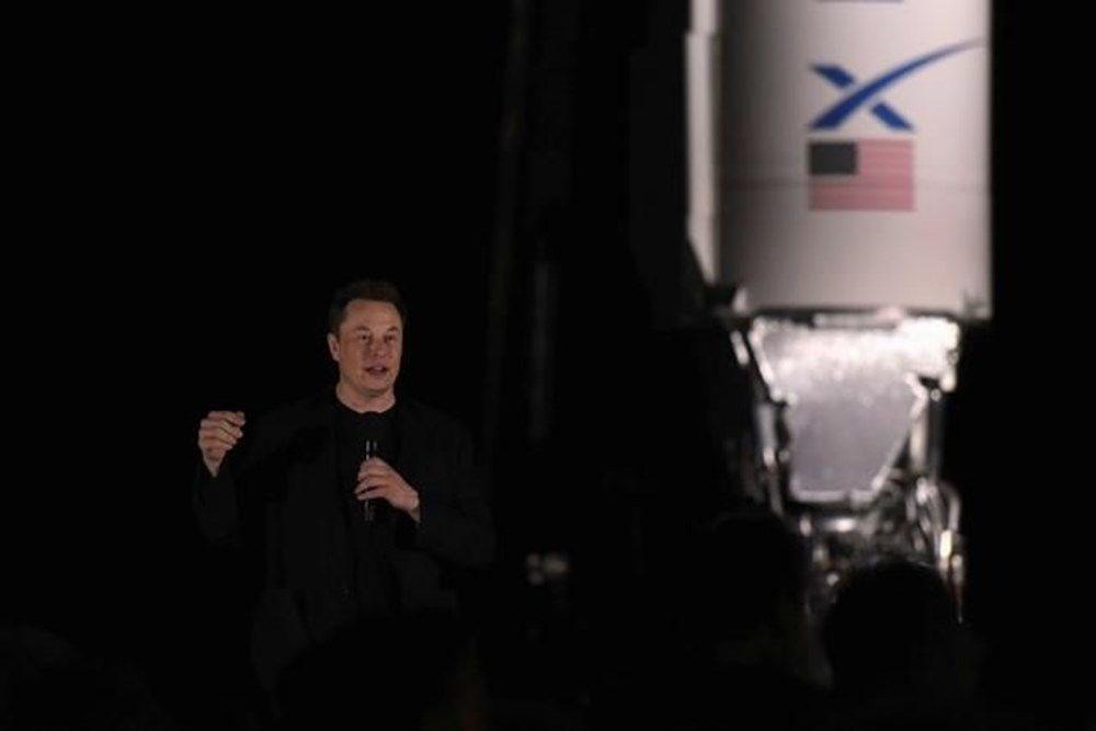 Elon Musk insanlı Mars görevi için tarih verdi - 4