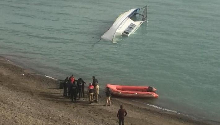 Van Gölü'ndeki tekne faciasıyla ilgili 5 kişi gözaltına alındı
