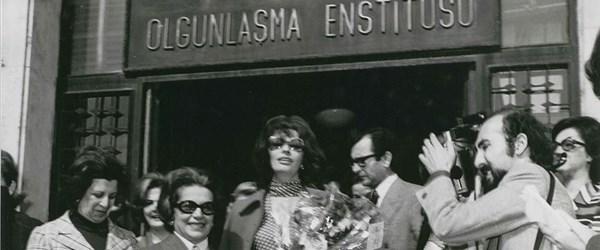 Olgunlaşma enstitülerinin 74 yıllık tarihi kitaplaştırıldı (Türk İğnesinin Mucizesi)