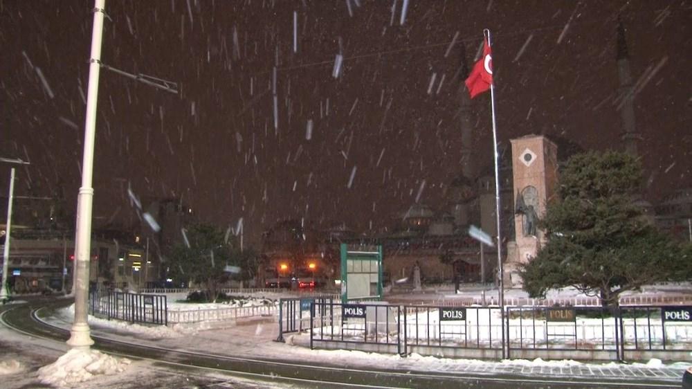 İstanbul'da kar yağışı yeniden etkisini artırdı - 26