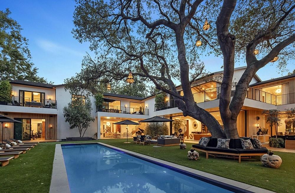Sophie Turner ve Joe Jonas evlerini 15,2 milyon dolara sattı - 2