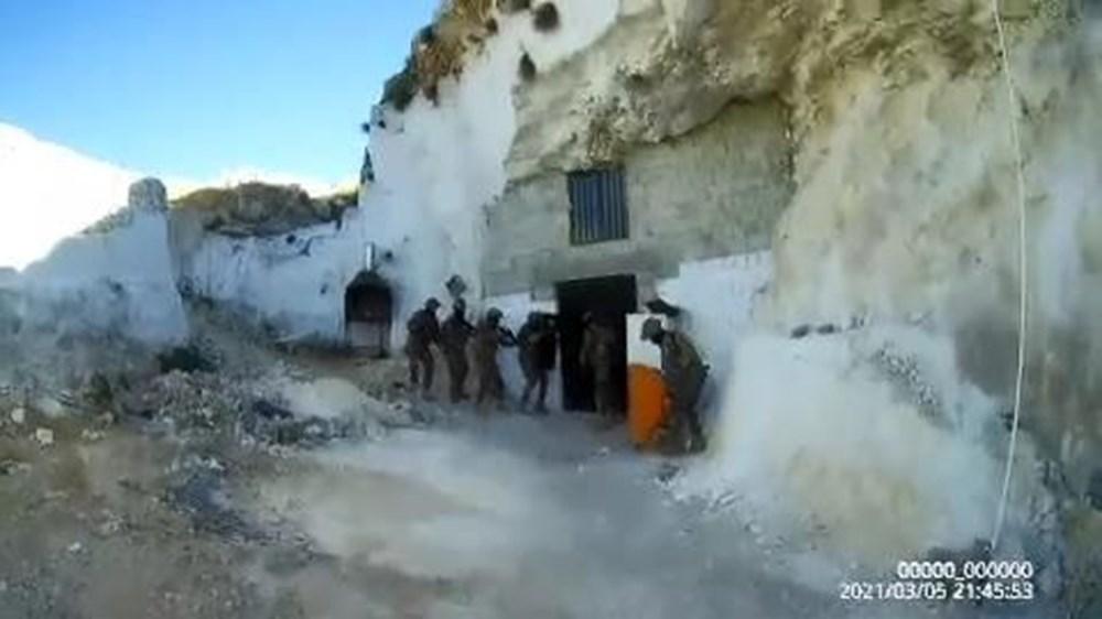 Şanlıurfa'da mağaraya baskın yapan polis kumarhaneyle karşılaştı: 29 gözaltı - 6